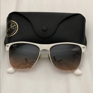 Oversized club master Rayban sunglasses white